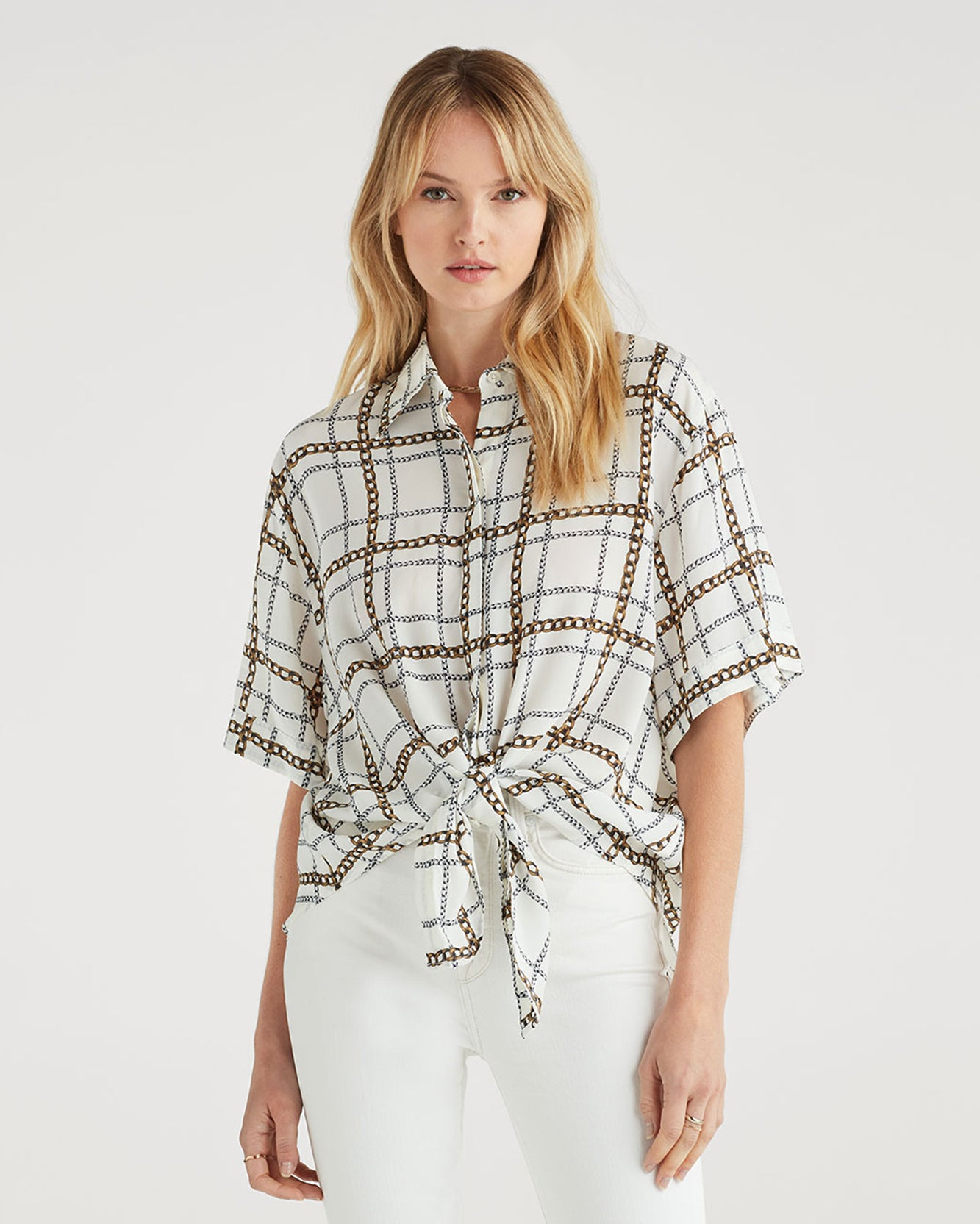 Image of Short Sleeve Tie Front Shirt in Chain Print
